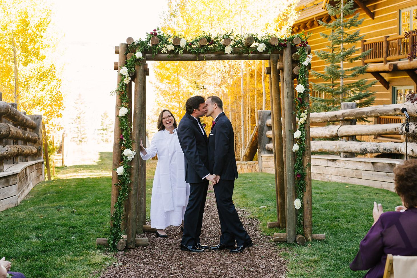 Megan-Newton-Photography-Best-Wedding-Photos-2015-332